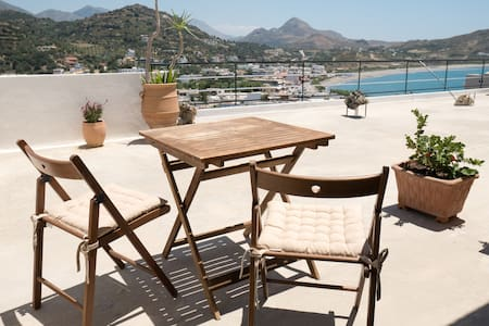 Penthouse Single Roon with terrace in Plakias. - Plakias - Apartment