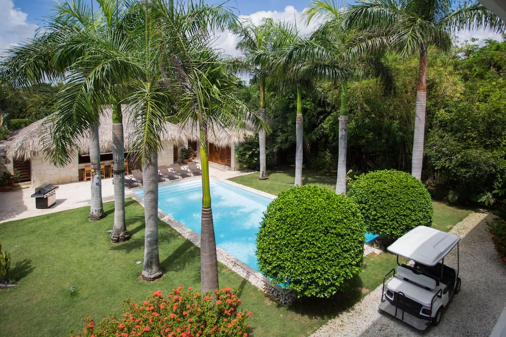 villa altagracia singles Stunning ocean views are the first sight for the waterklip visitor and includes two twin beds for singles or they can be this is a non smoking villa.