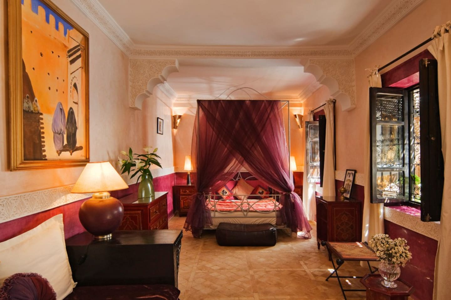 the spacious and romantic second-floor Joutia Zrabi Suite is popular with couples seeking a romantic getaway.  Given the room size, it's large enough to accommodate a family of four.