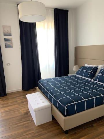 Mapi's room camera blu