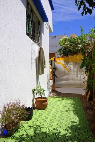 Hobbit-Appartement directly at big market - Agadir - Appartamento