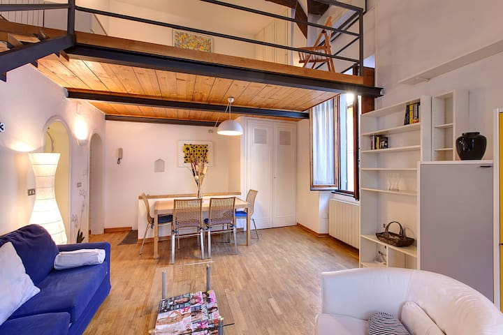 Martina Suite,bright ap in Oltrarno - Florence - Appartement