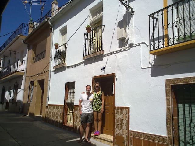 Casa Abuela. Magic Monda - Monda - House