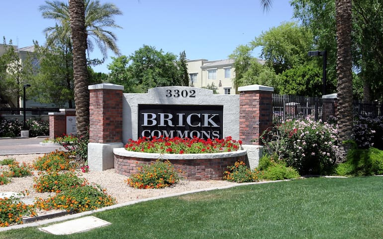 Phoenix Midtown Gated Complex**Pool View*Remodeled