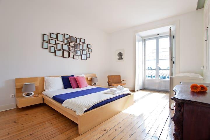 Spacious Sunny Flat -Baixa/Rossio