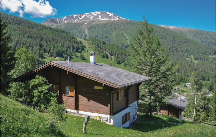 Holiday cottage with 4 bedrooms on 90 m² in Bürchen