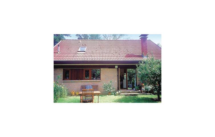 Holiday cottage with 2 bedrooms on 145 m² in Erkner