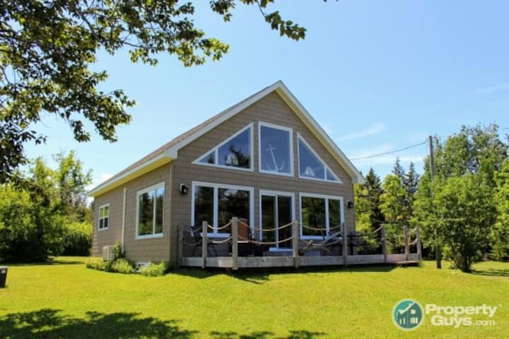 Bouctouche Bay Cottage by the Sea!