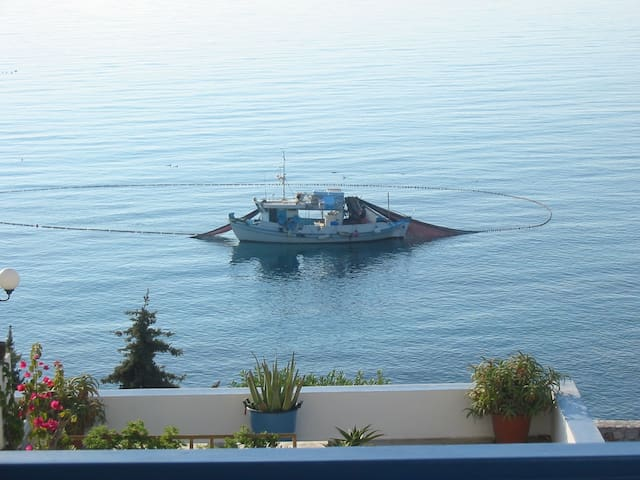 Amazing sea view. Perfect for family vacations - Ermoupoli - Apartmen