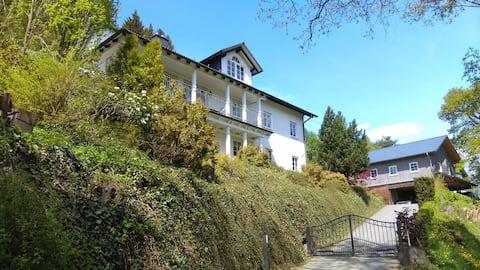 Ruhige gemütliche 4-Sterne FeWo in Fleckenberg