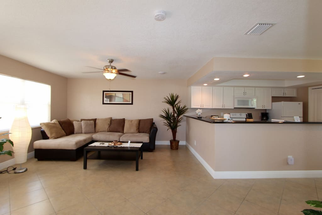 Cozy apartment u 3 lakeview villas apartments for rent - 2 bedroom apartments in cape coral florida ...