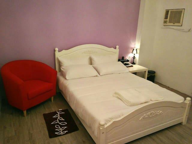 2人包棟 獨立 乾淨舒服溫馨的私人空間 - 台南市 - House