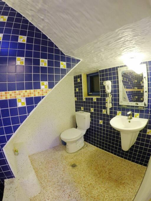 101衛浴設備-右