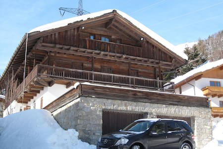 Beautiful large Alpine ski Chalet - Sankt Anton am Arlberg - Chalupa