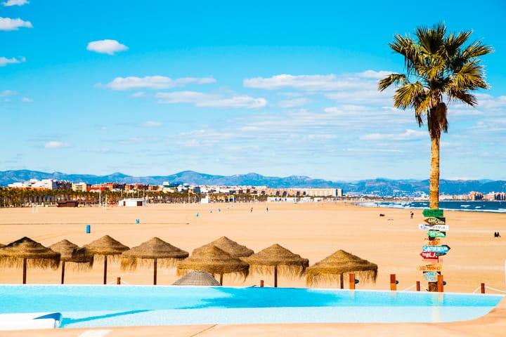 Apartment on the beach,pool,WiFi,garage,Valencia
