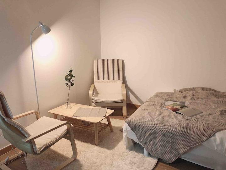 [홍대] 아늑한 내집같은 공간 🖤 방역소독 완료 🖤