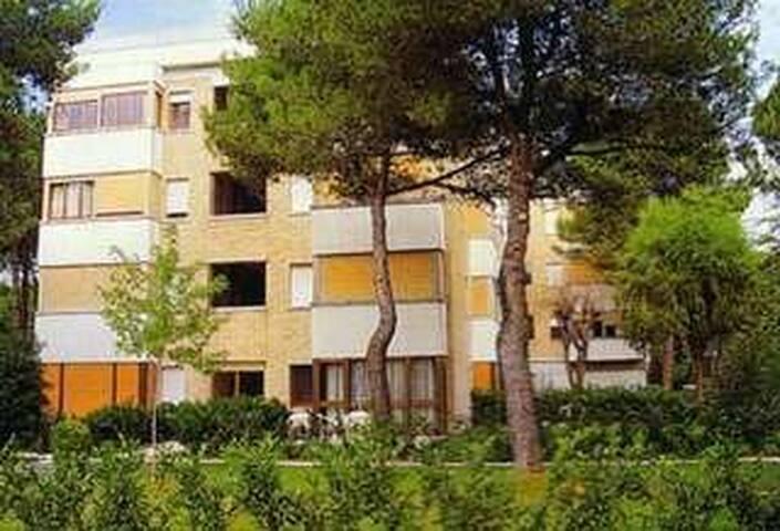 Condominio Residence Pineda B1/2