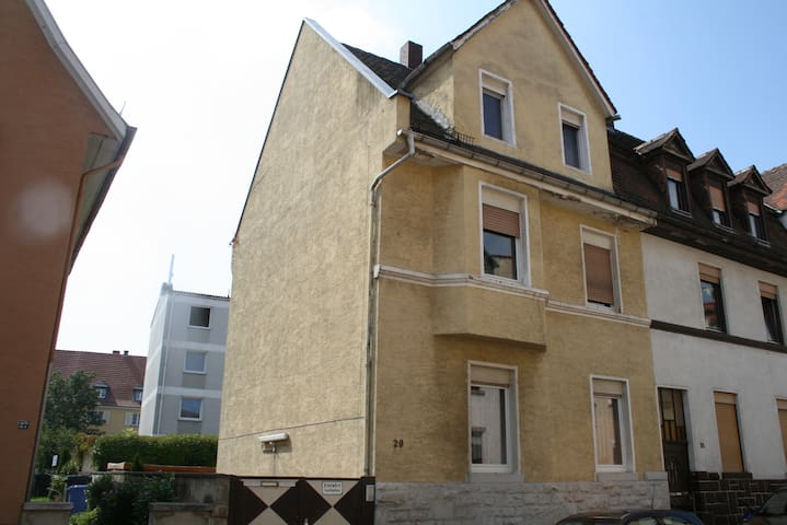 Raum (Website hidden by Airbnb)