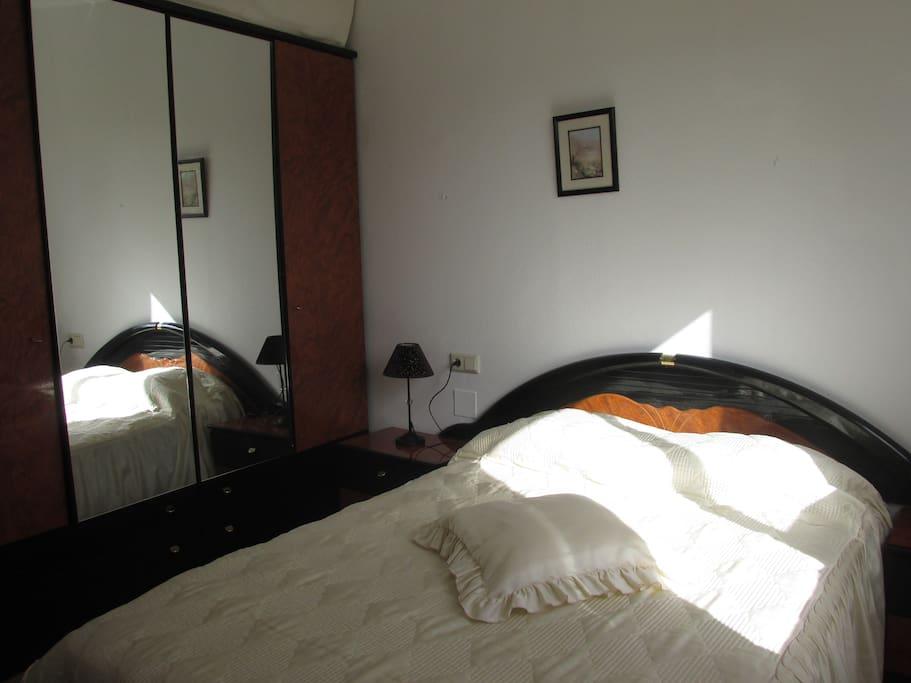 exclusivo chalet privado zona exclusiva ideal maisons de ville louer santa pola. Black Bedroom Furniture Sets. Home Design Ideas