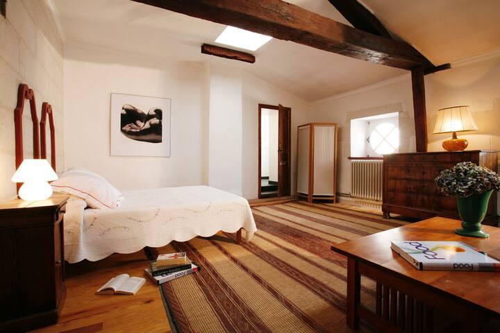 Sweet-grand chambre espace salon avec canapé lit
