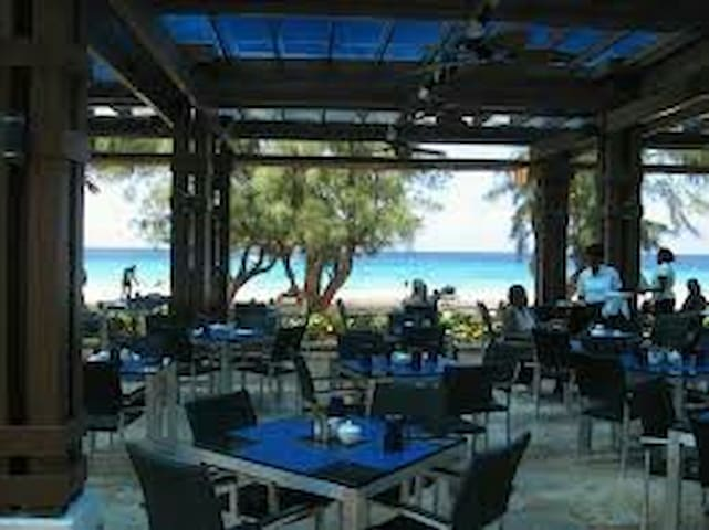 1 suite au Divi Southwind Beach Resort BARBADOS
