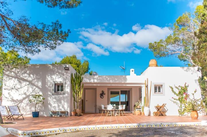 Villa op de heuvel, 6 personen, 3 slaapkamers