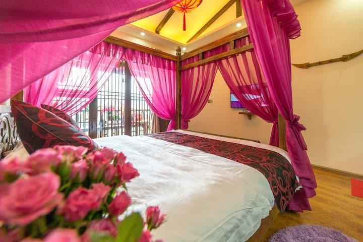 丽江古城-五一街-蜜月空调大床房-点击头像查看全部房源
