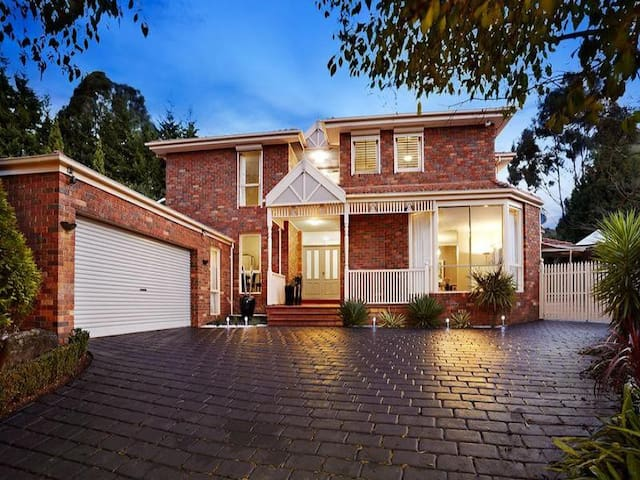 5-star accommodation  - Templestowe - Casa