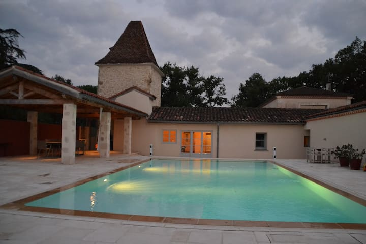 Charming house with heated pool - Castéra-Verduzan - Rumah