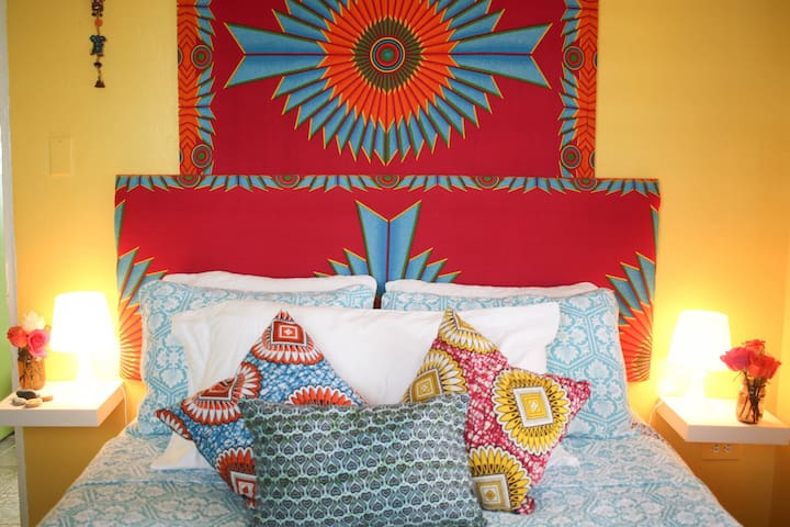 Love Soul Beautiful Bed&Brkfst/STEPS TO BEACH #3