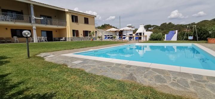 Villa in campagna con Piscina a pochi KM.dal mare