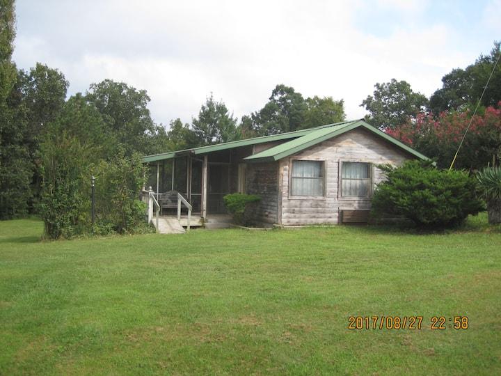 Ribbon Ridge Ranch Cabin
