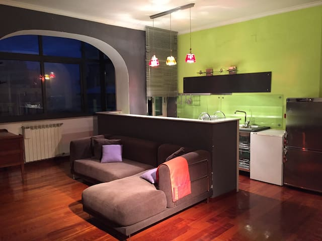 Cosy and warm apartment (65 m2) - Napoli - Huis