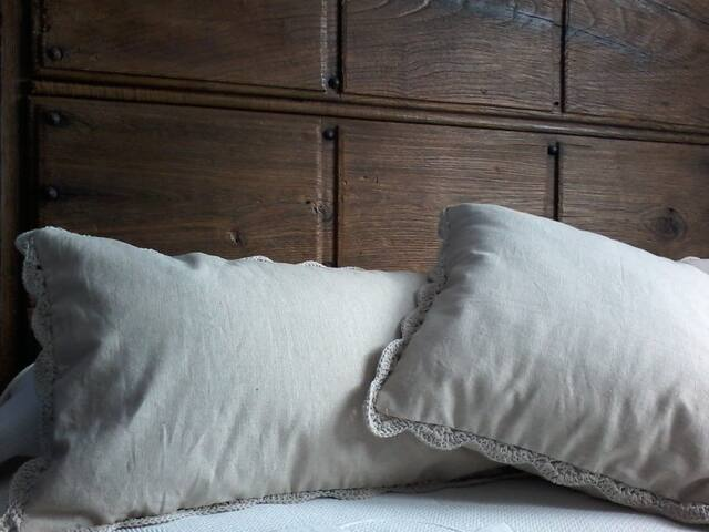 Habitación doble 2 -Ablanos Aymar - Lloroñi - Bed & Breakfast