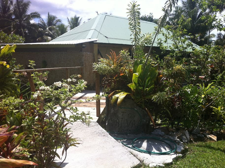 Maeva! we would love to have you stay with us in paradise.The beautiful gardens and yard surrounding Vaivaa.