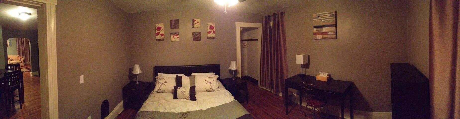 Beautifully renovated 1 Bedroom Apt Apartments