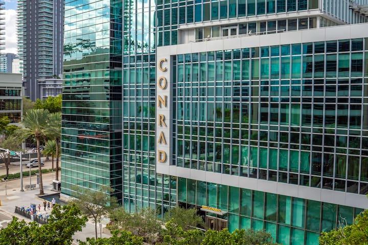Conrad Miami Brickell 2Bed  5* Luxury Apartment