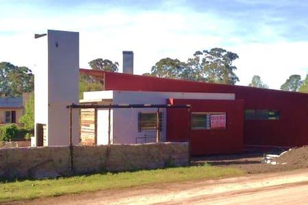 Casa a estrenar, barrio Colinas Verdes - Mar del Plata