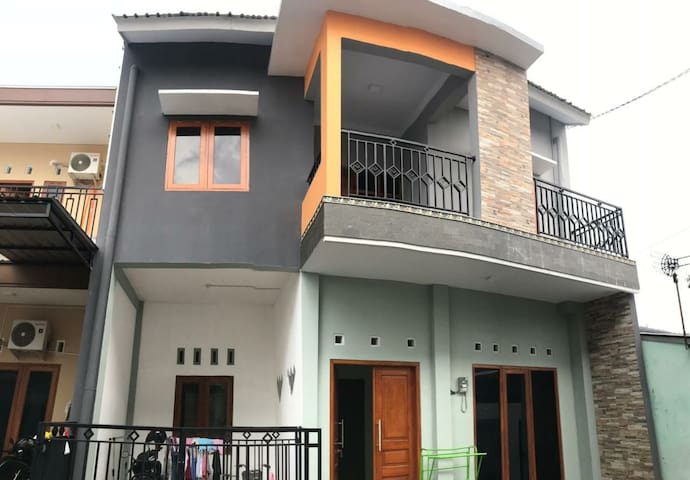 BAYU'S HOUSE YOGYAKARTA