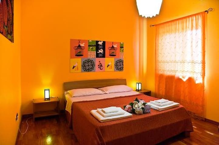 VILLA BLASIUS - Suite ORANGE FLOWER - Colle del Pino - Bed & Breakfast