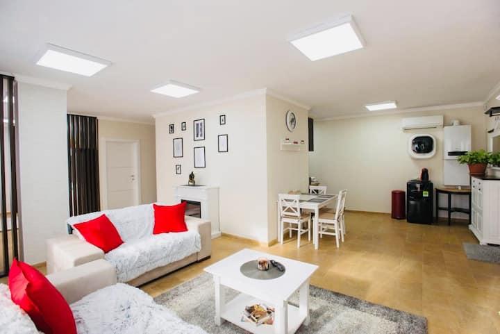 Lira Holiday Apartments Satu Mare