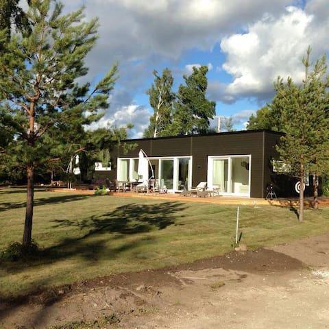 Exklusiva Villa Evian vid havet - Klintehamn - Casa