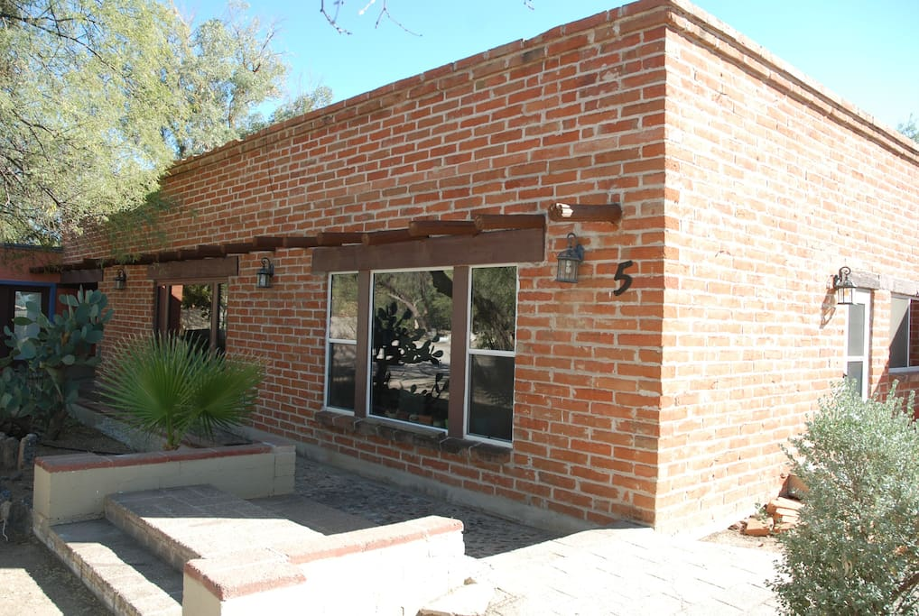 Tanque Verde Casita 5 Twin Beds Large Home Houses For Rent In Tucson A