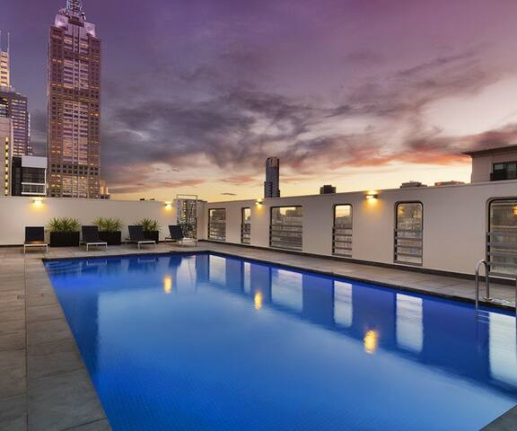 A+ Location City Apartment Home w/ Sky Pool - Melbourne - Apartment