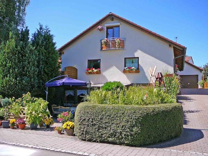 Ferienwohnung Waldraff, (Ostrach), Ferienwohnung 55 qm, 1 Schlafzimmer, max. 4 Personen