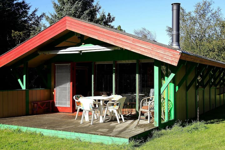 Pleasant Holiday Home in Hals near Sea
