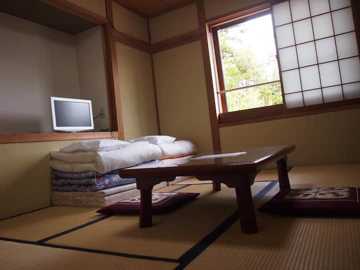 Japanese Style Room with Shared Bathroom 2-3 adult