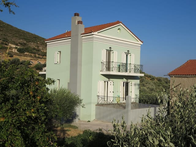 Big house at Chora , Samos can host two families