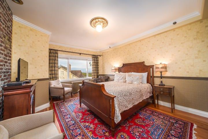 Fairfield: Queen Room with Ocean View