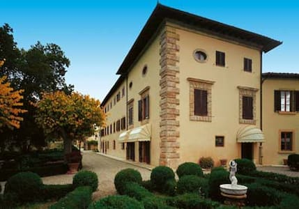 Villa San Lucchese nel Chianti - Поггибонси